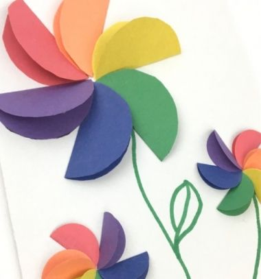 Rainbow flowers - construction paper craft for kids // Egyszerű papír virág képeslap félkörökből - kreatív ötlet gyerekeknek // Mindy - craft tutorial collection // #crafts #DIY #craftTutorial #tutorial #spring #SpringCrafts