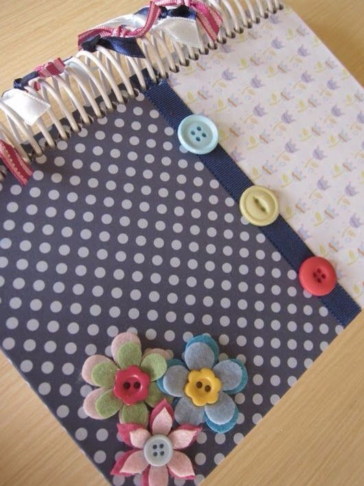 Flores forro cuaderno
