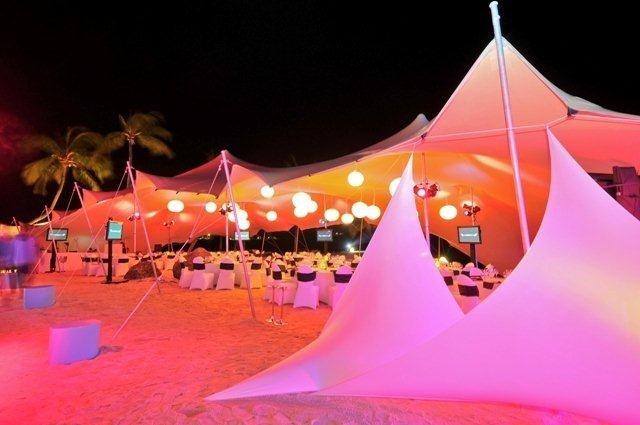 Nomadik Stretch Tents: