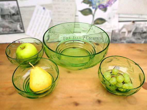 Vintage glass dessert bowls set frosted stylised flower