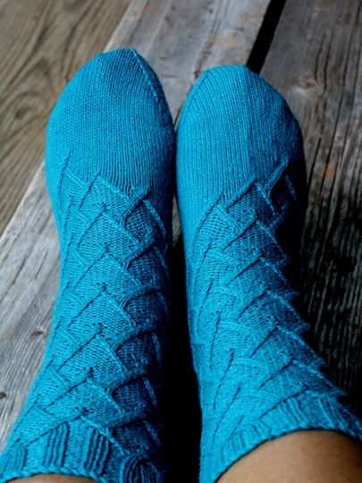 1000+ images about Sock Knitting on Pinterest Ravelry, Knit sock pattern an...