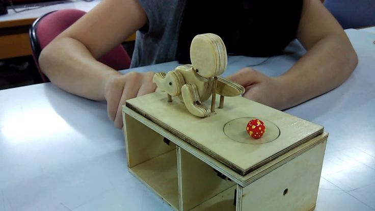 baby reaching for ball automata by Diva Danalyn, dp2014, uph ws2, feb 2017
