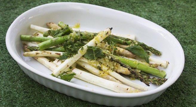 Grillede asparges med citron og citrontimian // grilled aspargus with lemon and lemon thyme