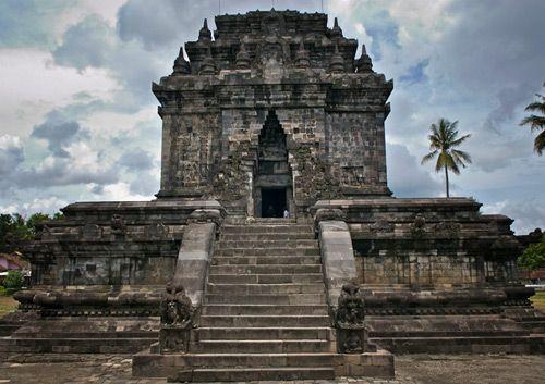 Mendut Temple Yogyakarta - Indonesia