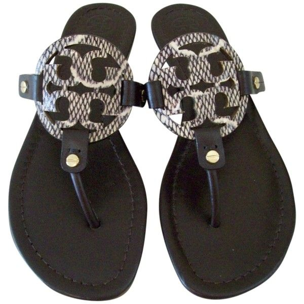 Pre-owned Tory Burch Miller Flip Flops 8.5 Sandals ($140) ❤ liked on Polyvore featuring shoes, sandals, flip flops, none, leather upper shoes, white flip flops, white sandals, tory burch and tory burch footwear