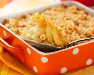 Gratin de macaronis au fromage et à la muscade