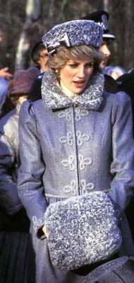 07 Dec 1983 Am: visit QEII silver Jubilee activities centre on Bursledon Southampton (cossak) Eve: see Carmen by Welsh Nat opera at Dominion Theatre London