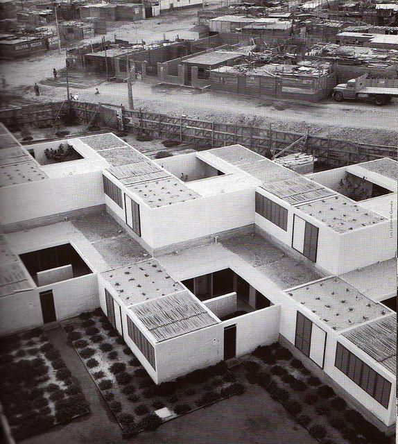 Bresciani, Valdés, Castillo, Huidobro y Urzúa. Conjunto habitacional, Arica Chile 1956-57