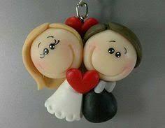 Image result for lembrancinhas de casamento em biscuit