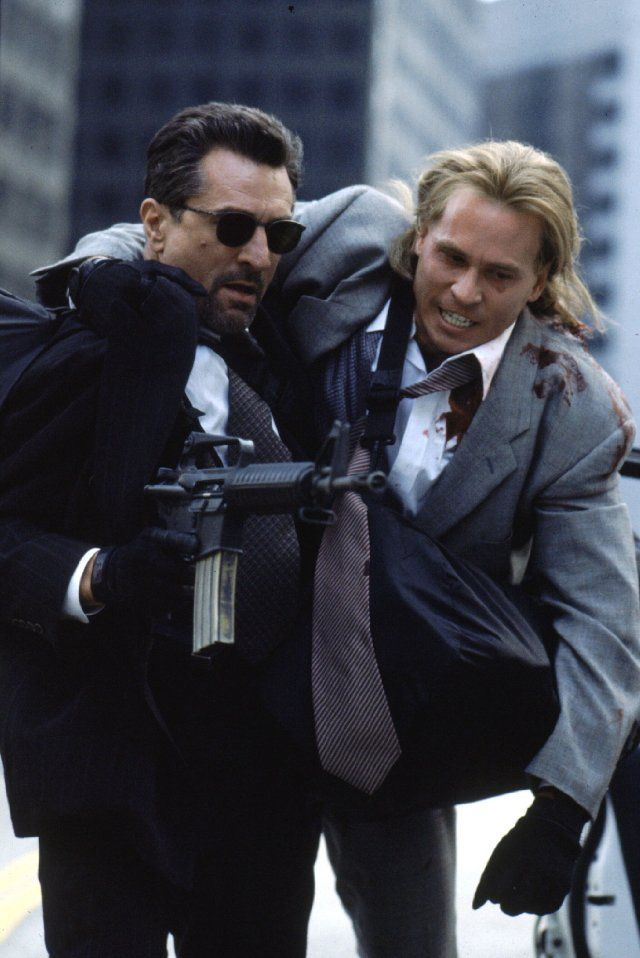 "Robert De Niro and Val Kilmer in ""Heat"" (1995)"
