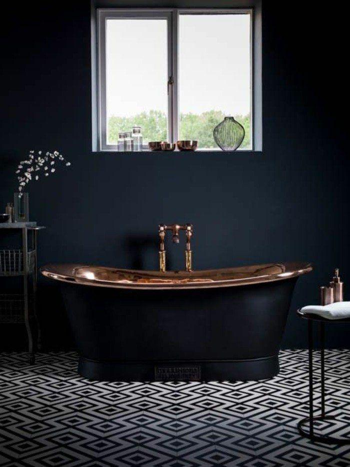 quelle couleur salle de bain choisir 52 astuces en photos petite fenetre baignoires et luxe. Black Bedroom Furniture Sets. Home Design Ideas