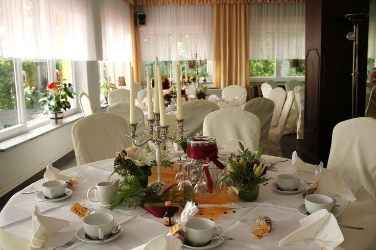 Hochzeit in Bordeaux und Apricot .