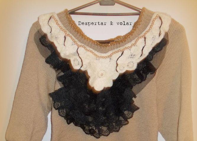 cuello con detalles bordados en hilo, perlas y volados de encaje