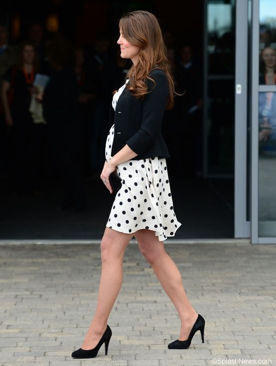 Kate Middleton - remind me to wear polkadots when I'm pregnant. Can she get it any cuter though?!