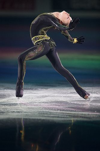 Julia Lipnitskaia, Russia,Black Figure Skating / Ice Skating dress inspiration for Sk8 Gr8 Designs.