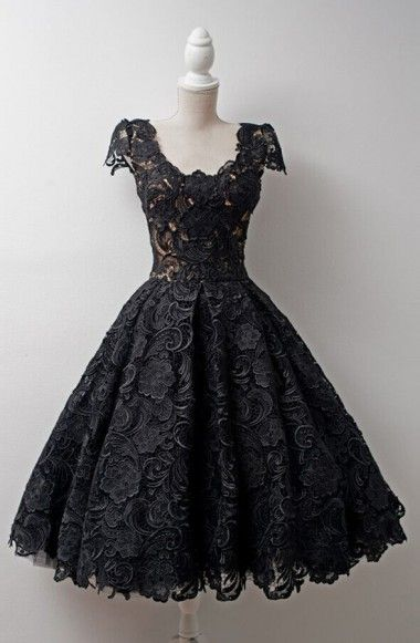 Timeless Scoop Knee-Length Homecoming Dresses,Cap Sleeves Homecoming Dresses,Ball Gown Black Lace Homecoming Dresses