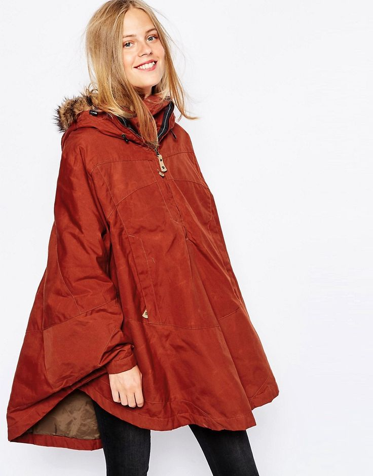 De sejeste Fjallraven Waxed Cape Coat With Faux Fur Trim Hood - Brown Fjallraven Jakker & Frakker til Damer til enhver anledning
