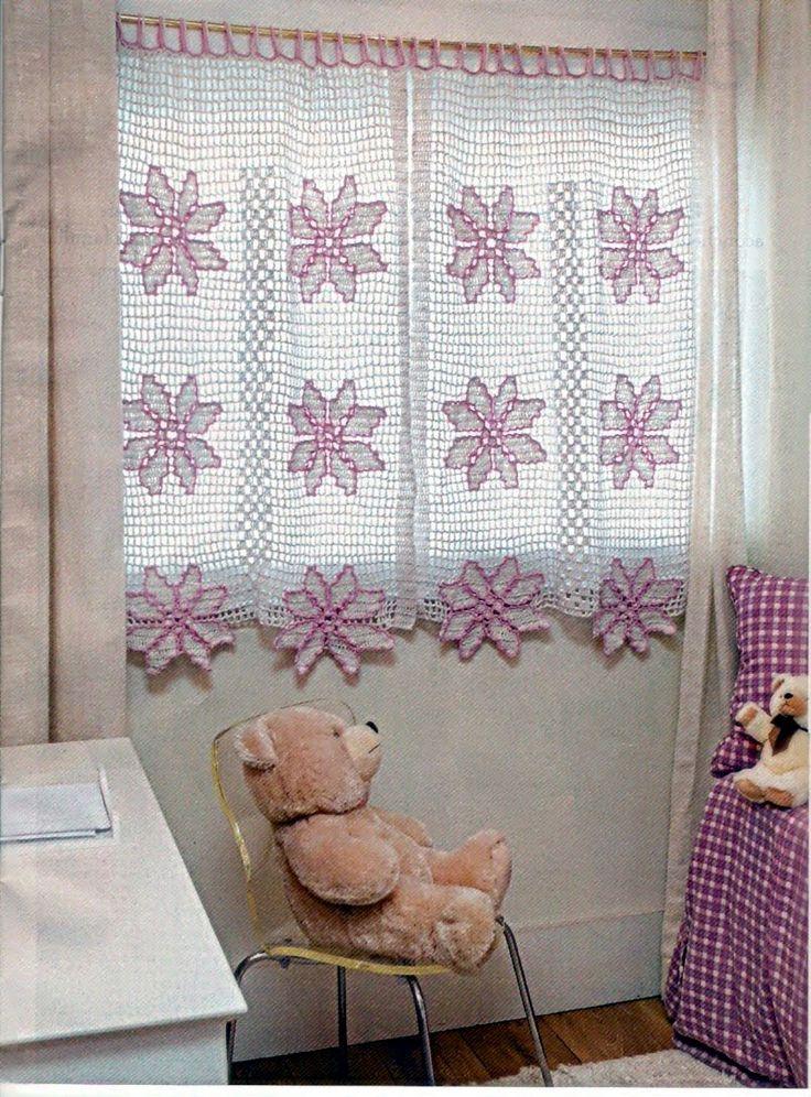 Crochet Curtains Pattern http://4.bp.blogspot.com/_hbL6eGrdv9w/Sq8HlY79HSI/AAAAAAAAAUE/OaWokc2Skdw/s1600/cortina4[1].jpg http://www.interiordecorado.com/wp-content/gallery/cortina-de-croche/cortina-de-croche-13.jpg