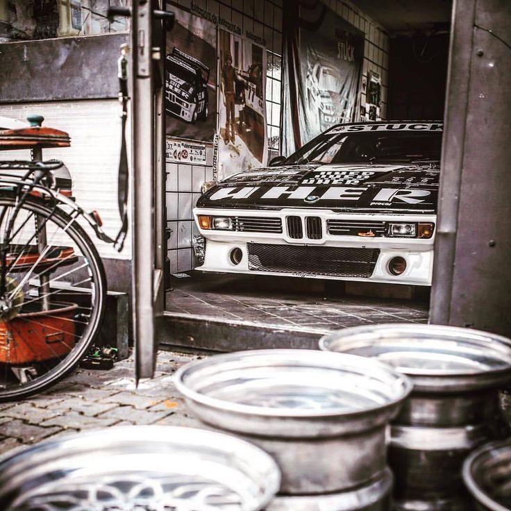 494 отметок «Нравится», 3 комментариев — @ultimateklasse в Instagram: «#BMW #M1 #UltimateKlasse #CAtuned #bimmer #ultimatedrivingmachine»