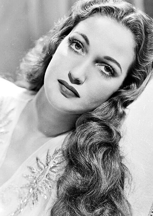 oldhollywood-glamour:  Dorothy Lamour