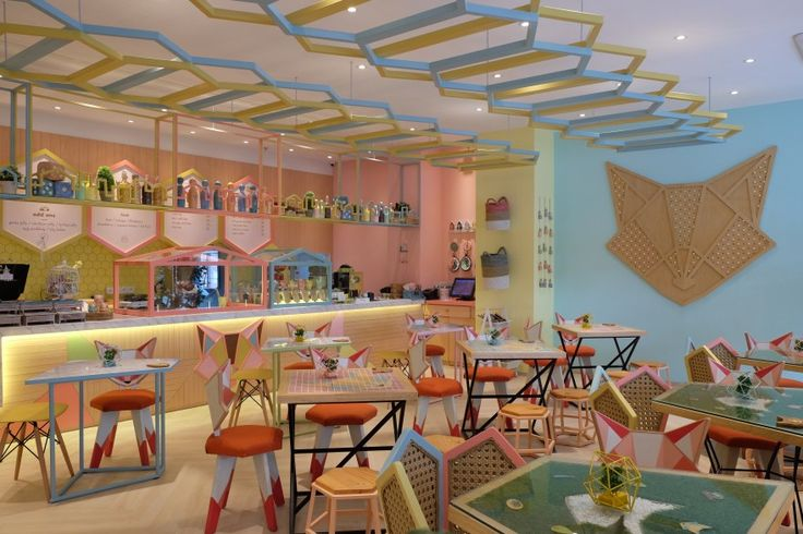 Kyouchii is a brand new Japanese-inspired dessert café locateded in Makassar, Indonesia, with interiors designed by IOOR STUDIO