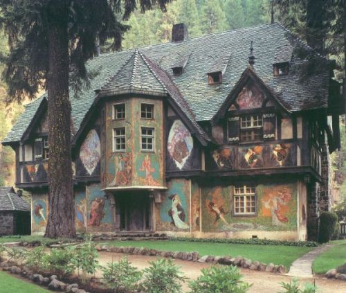 One of my favorite houses.