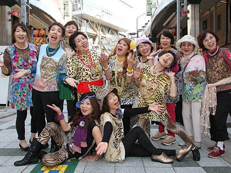 新世界に大阪のおばちゃん集団「オバチャーン」登場-ツムテンカクで
