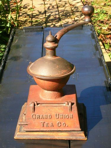 """9.5in tall. Griswold's """"Grand Union Tea Company"""" Antique Coffee Grinder"""