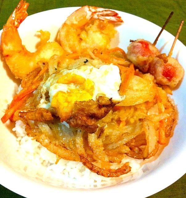 かき揚げ難しい…  生卵の天ぷら、プチ、海老 - 21件のもぐもぐ - かき揚げ丼(; ̄ェ ̄) by t4maxxx