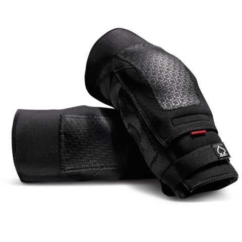 Price: $69.00 Size:Youth, Small/Medium, Large/X-Large The Double Down Knee and Elbow Pads are undercover protection at its finest. Slim enough to be worn covertly under clothing, but substantial enough to protect you from harder spills.