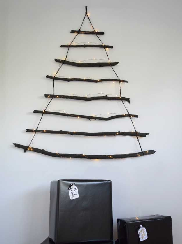 Gina Ciancio from @stylecuratorau  has shared with us her rustic DIY Christmas tree that is just perfect for smaller spaces!
