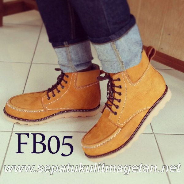 Exclusive Premium Boots FB05