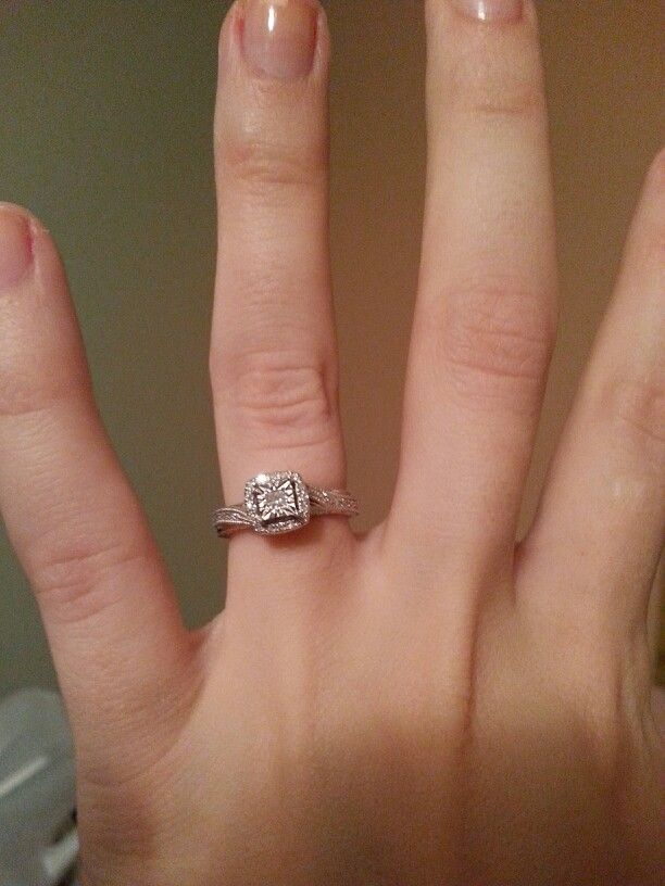 LOVE My 1/6 Of A Carat Diamond Promise Ring From Kay Jewelers:)