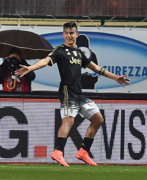Paulo Dybala Cuadrado of Juventus celebrates after scoring the goal 0-2 during the Serie A match between Frosinone Calcio and Juventus FC at Stadio Matusa on February 7, 2016 in Frosinone, Italy.