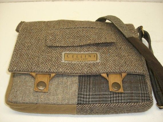 great inspiration....  Bag made from recycled wool clothes