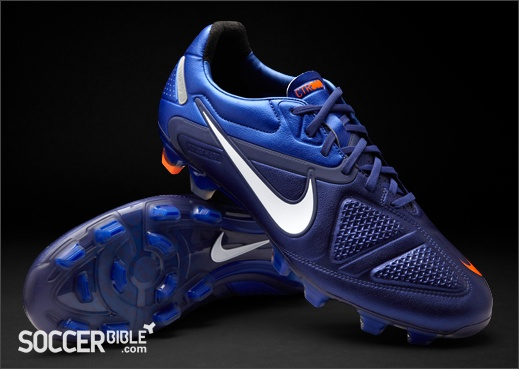 nike football boots blue