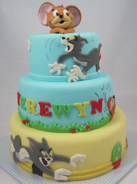 Tom and Jerry cake/ tom en Jerry puzzeltaart en geboetseerde Jerry ( naar Debbie Brown)