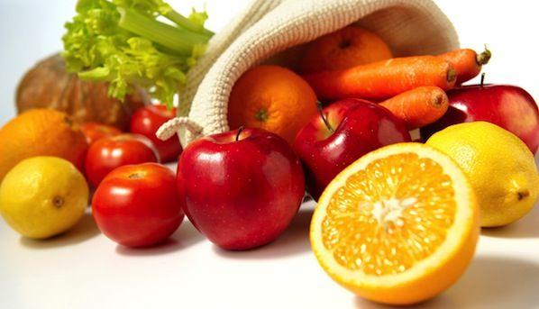 Denti e alimenti: no alla carie dentale.