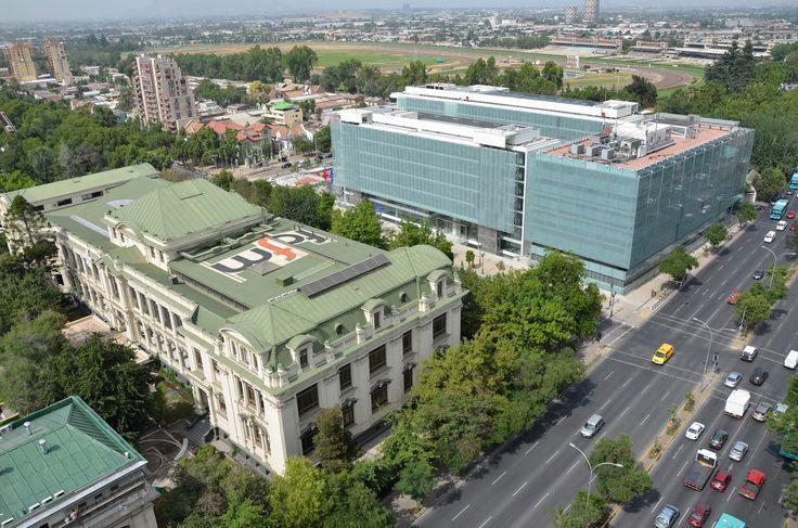 Galería de Facultad de Ciencias Físicas y Matemáticas Universidad de Chile / Borja Huidobro + A4 Arquitectos - 5