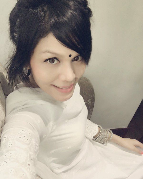 Do you like Sonu kakkar? #Sonukakkar #bollywoodoops #singre #sweet