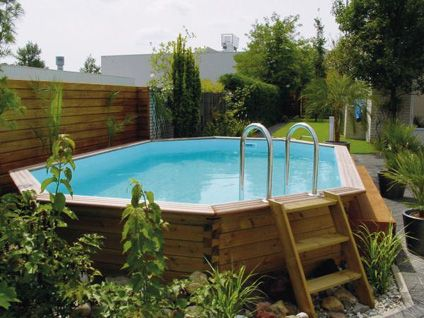 Building wooden steps for above ground pool woodworking for Discount above ground pools