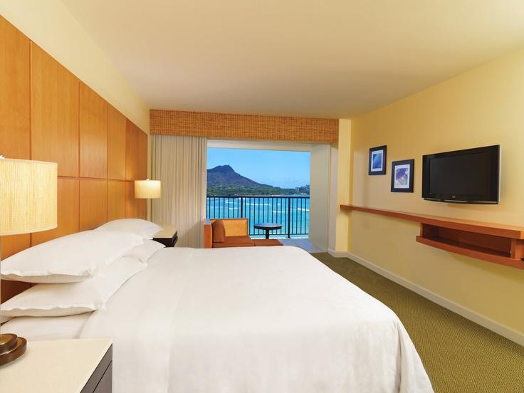 Sheraton Waikiki King Deluxe Ocean Front Room #swdreamhawaii
