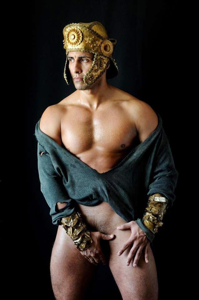 Naked greek gladiators — img 4