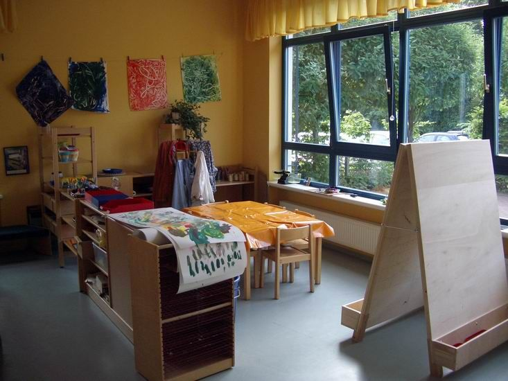 17 best images about kids atelier on pinterest art. Black Bedroom Furniture Sets. Home Design Ideas