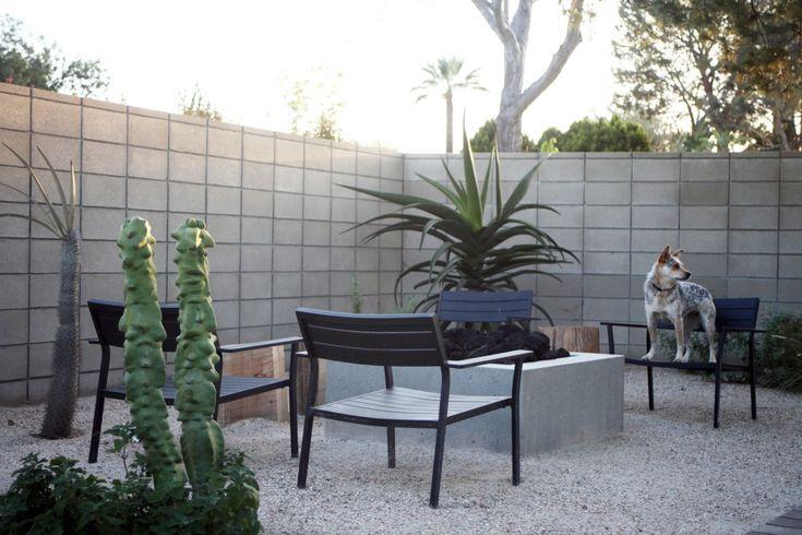 TERREMOTO.LA    cinder block wall