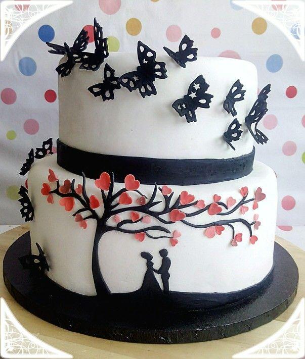 Tarta de bodas con mariposas