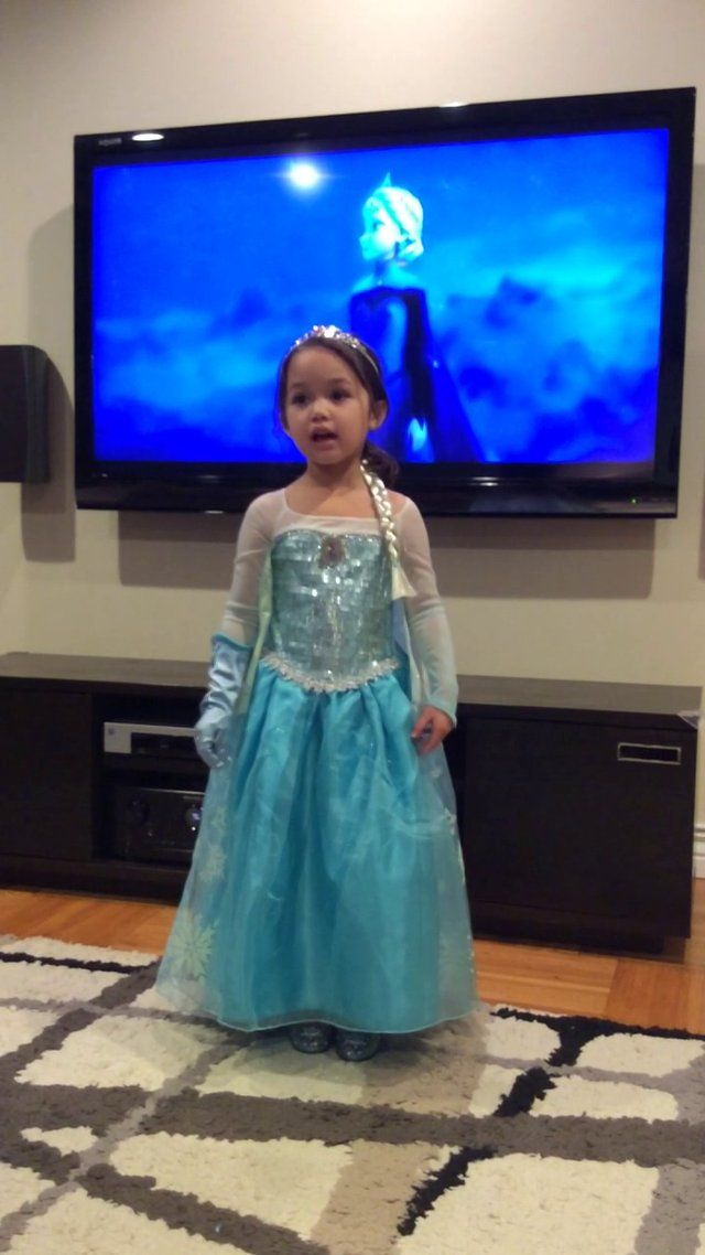 @Casey Albanese  YOU HAVE TO WATCH THIS RIGHT NOW Our 4 year old Sophia is obsessed with Queen Elsa and the movie Frozen.  She sings Let It Go in this video with a clip from the movie in the background.  Her hand gestures are very similar to Elsa's in the movie.