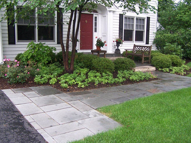 1000 images about garden and landscape ideas on pinterest for Front door garden ideas