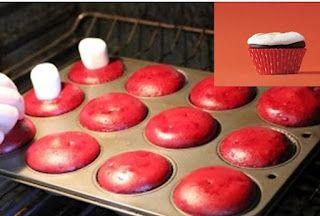 Demasiado corrió para glaseado? Coloca un malvavisco grande en cada cupcake cinco minutos antes de terminar de hornear. Se funden y hacer un malvavisco tostado delicioso topping. - Puede que no sea bonita, pero es delicioso :)