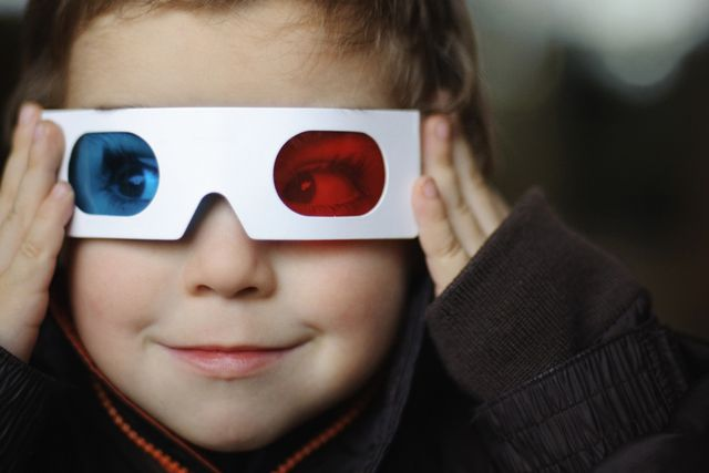Use my printable template and these directions to design and make your own 3-d glasses.